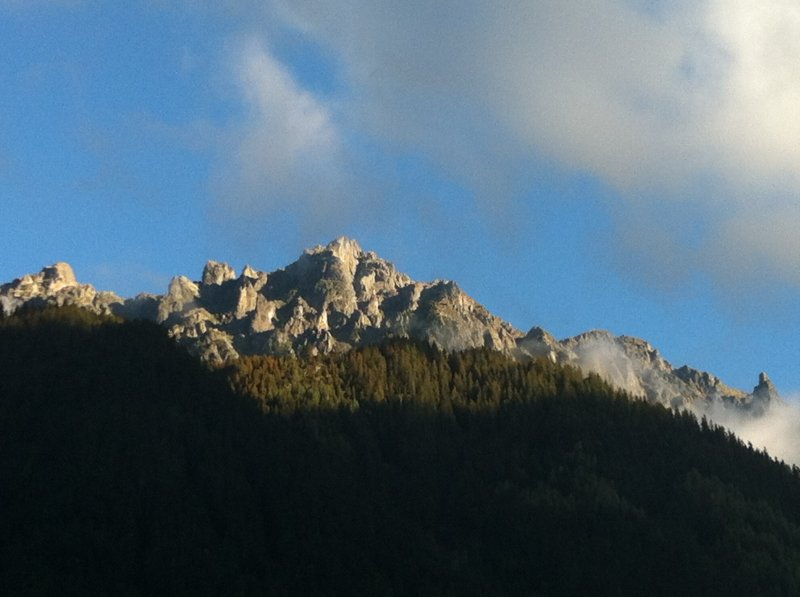 les-praz-mountains-jpg