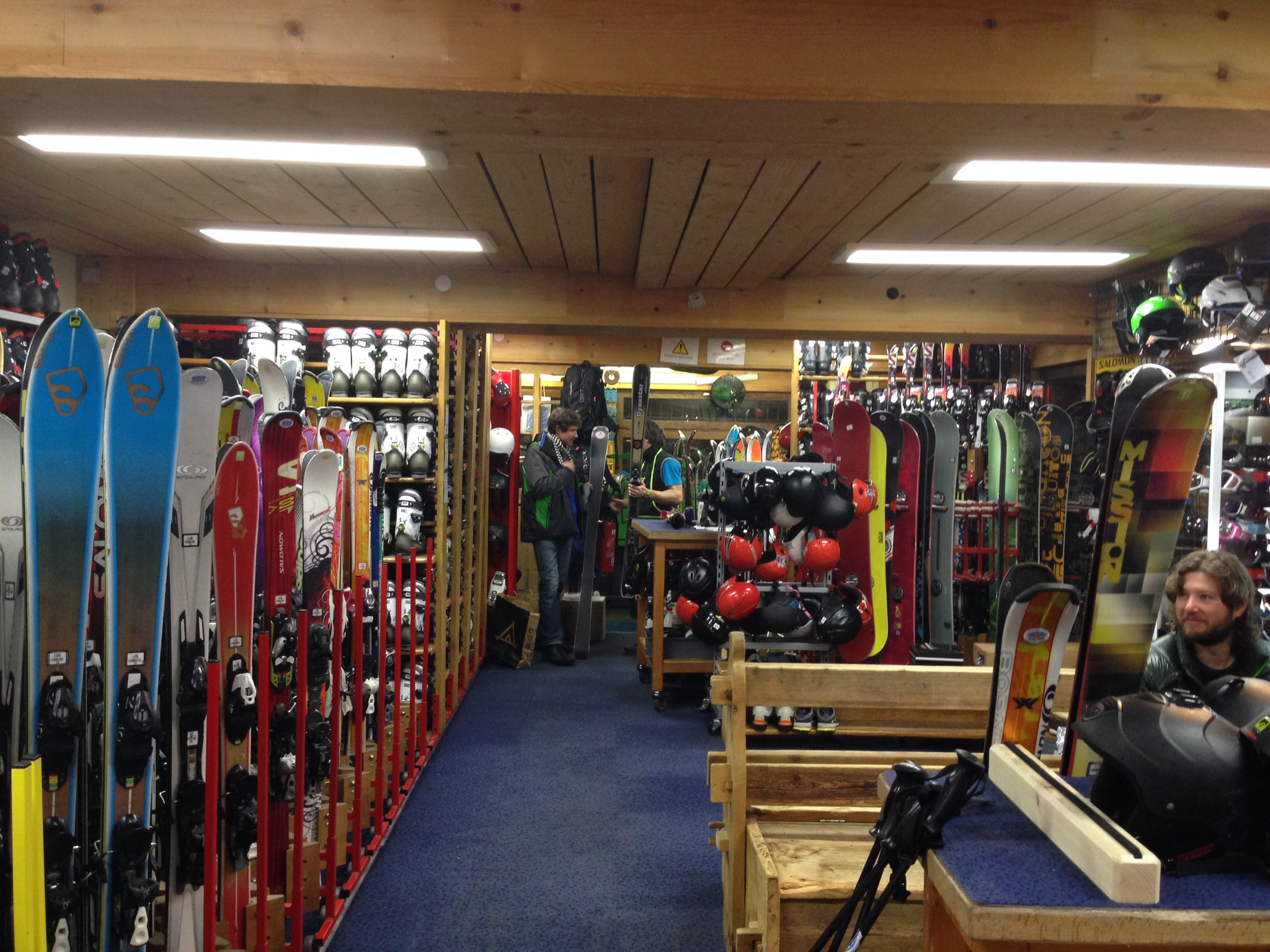 Ravanel Ski Shop